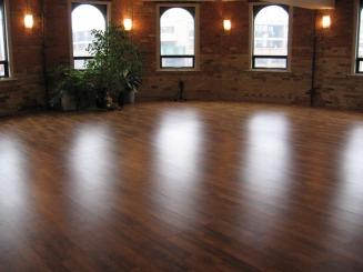 yogasanctuary-danforth-interior